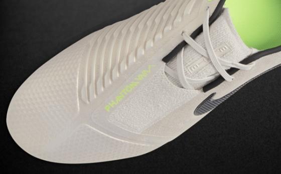Chuteiras Nike Phantom Cinza / Gris